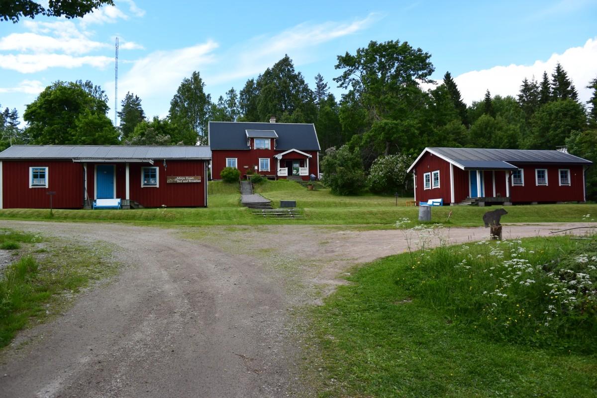 Mieps Huset B&B, mini camping en een gezellige Stuga/ vakantiehuis in Zuid Dalarna. Midden in de natuur. header afbeelding
