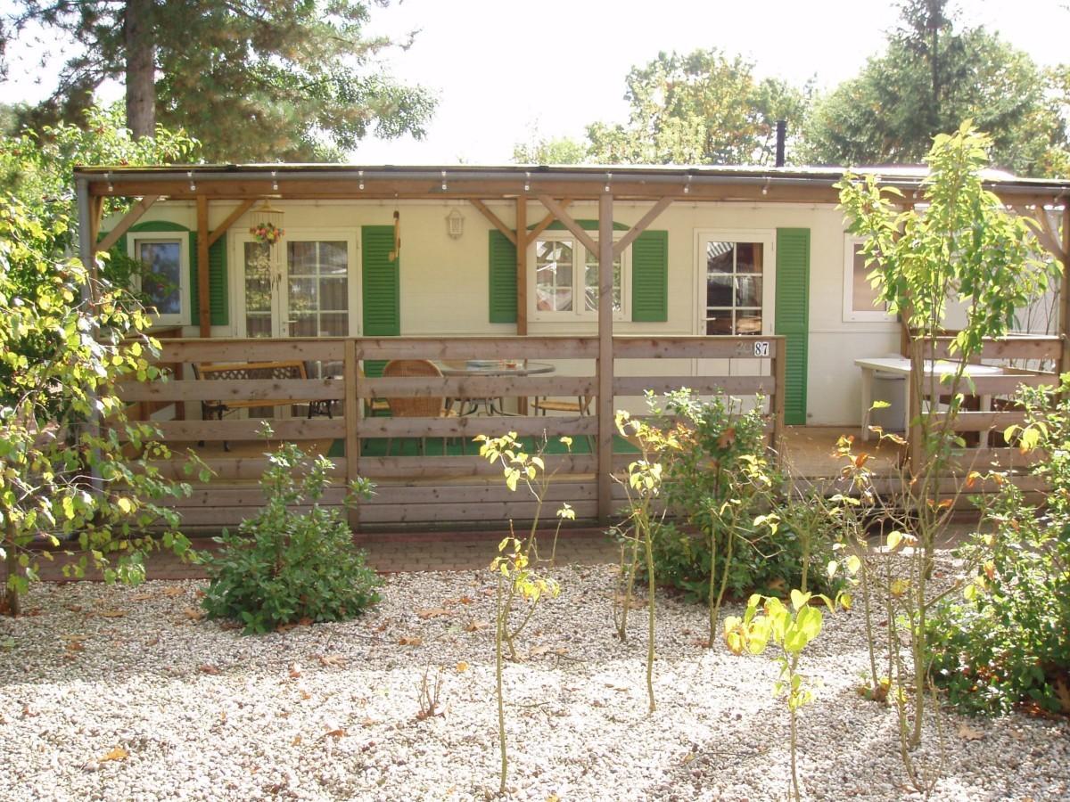 """Luxe mobile home chalet recreatiepark """"de Schatberg"""" + sauna header afbeelding"""