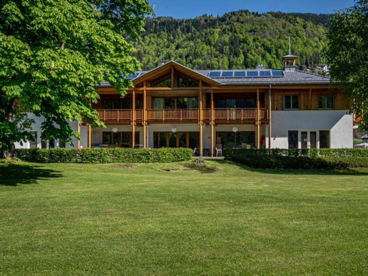Vakantie direct aan de Ossiacher See header afbeelding