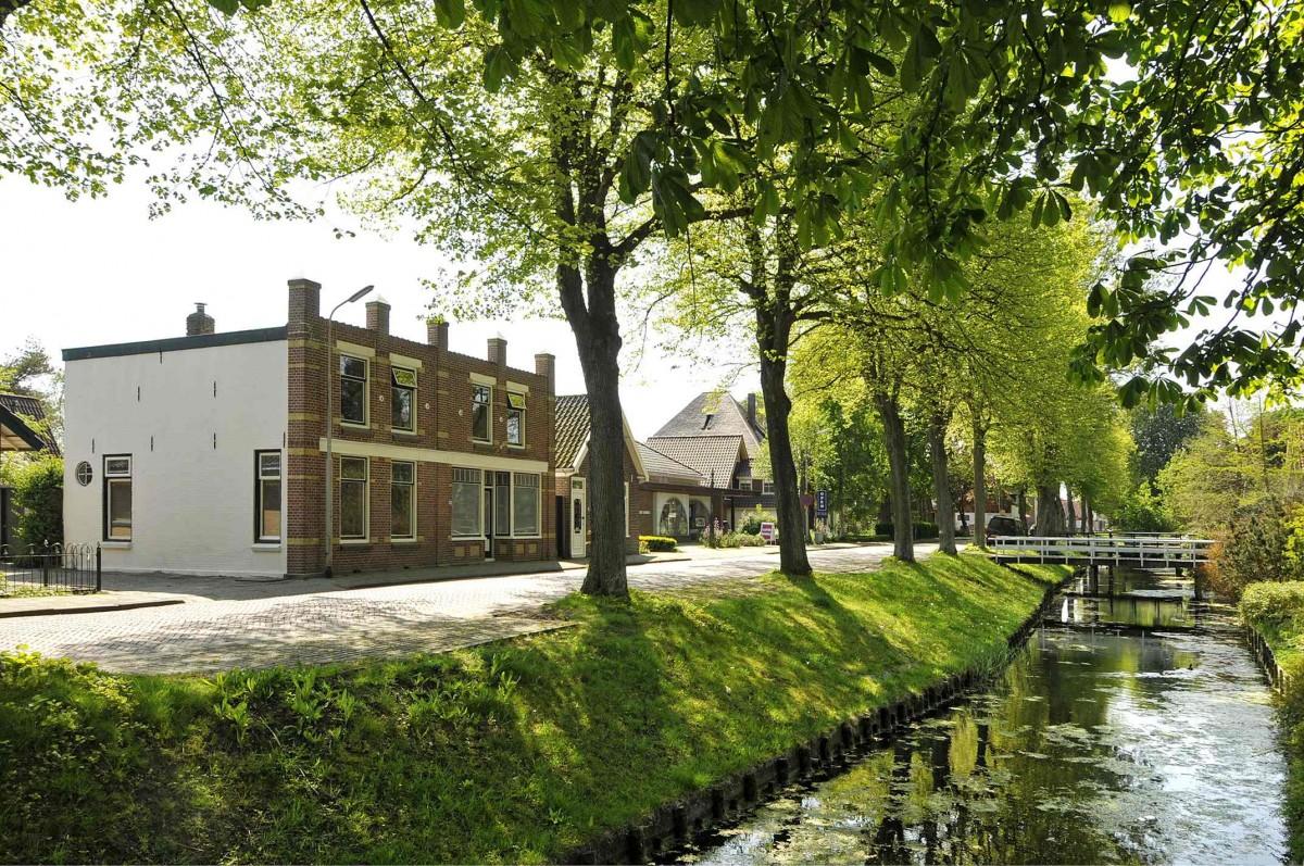 Ruim vakantiehuis tussen strand en IJsselmeer header afbeelding