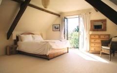 Mazzard Farm - Bedroom Bramley 1 (2012).JPG